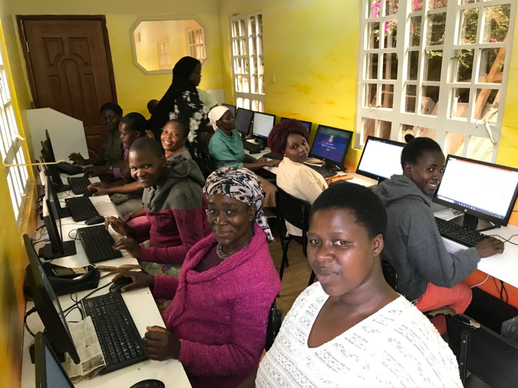 MOH Women Learning Computers Q2 2019